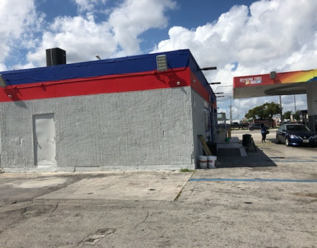 Commercial Painter for Fort Lauderdale Gas Station
